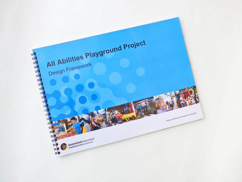 写真:QAAPPデザインフレームワークの表紙