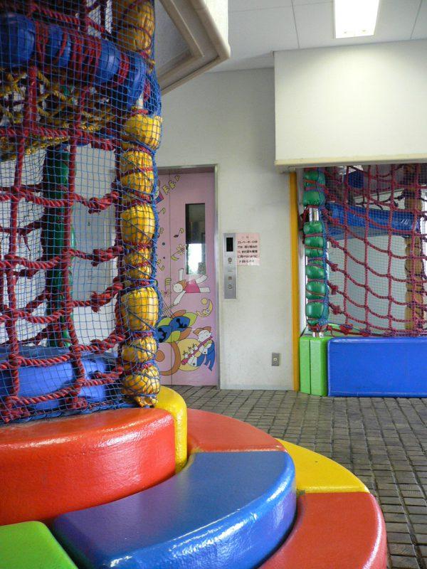 写真:プレイハウスの内部