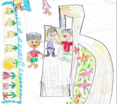 イラスト:スロープが付いた幅広の滑り台を手をつないで滑る笑顔の女の子二人。スロープと滑り台の間には色とりどりの花