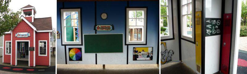 写真:鐘楼のある学校。内部の壁には時計や低い位置に黒板などが掛けられている